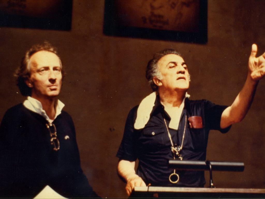 Федерико Феллини и Болдуин Баас во время съемок фильма