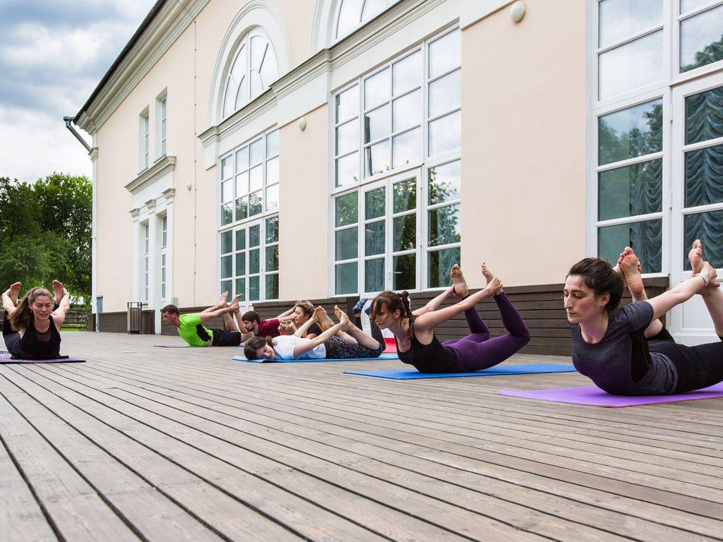 Пилатес, кардио и растяжка: бесплатные тренировки в Доме культуры на ВДНХ