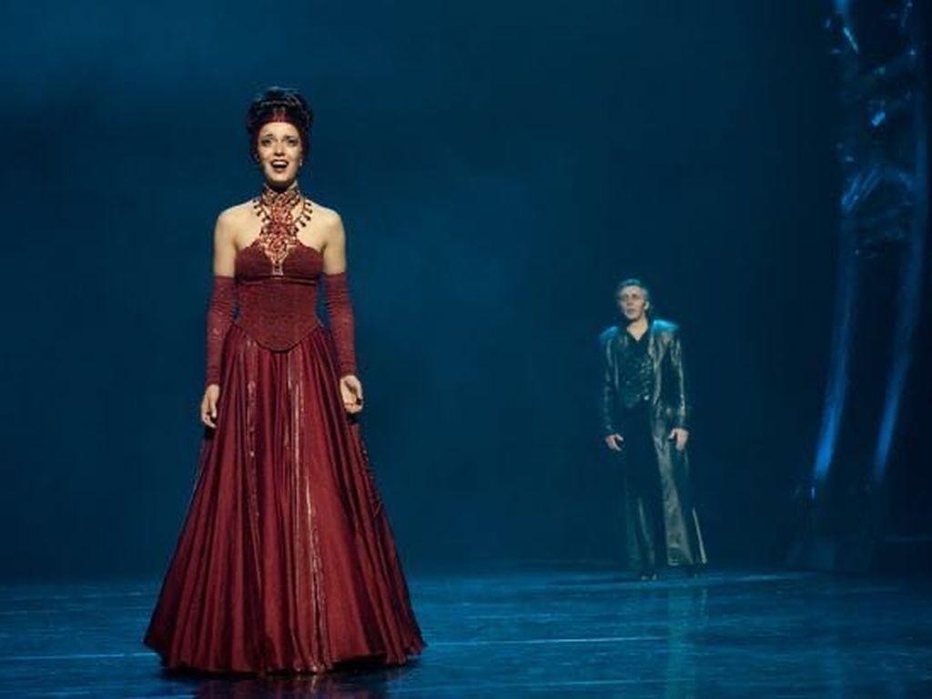 Мюзикл в театре оперетты