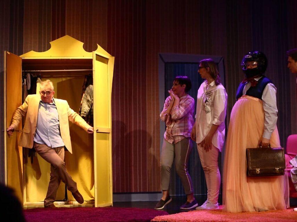 Театриум на Серпуховке спектакль жених из шкафа