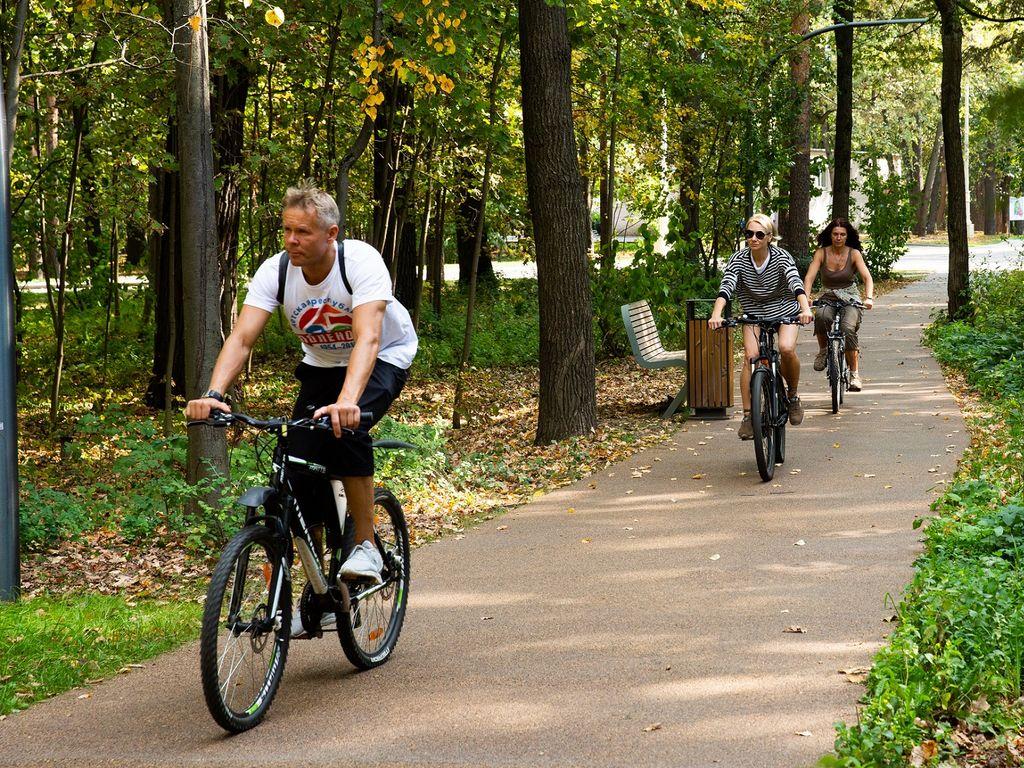 Вело прогулки в Москве На главной выставке страны