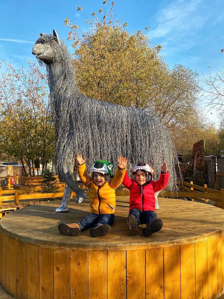 Развлечения для детей в парке Сказка