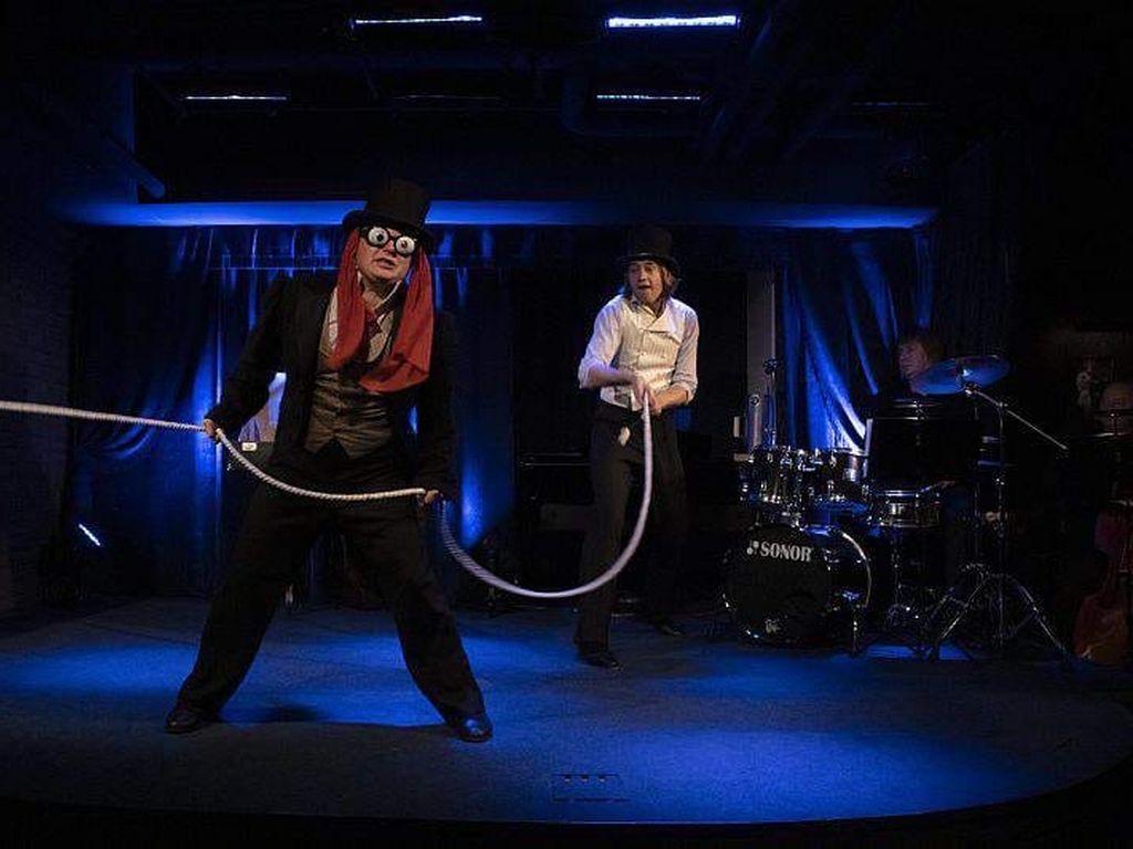 Спектакль в театре Вахтангова