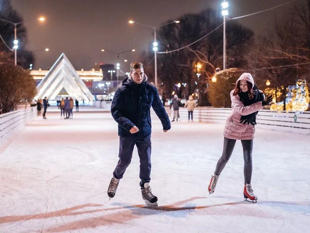 Каток в Парке Горького. Навигатор 20⁰20'–20⁰21'