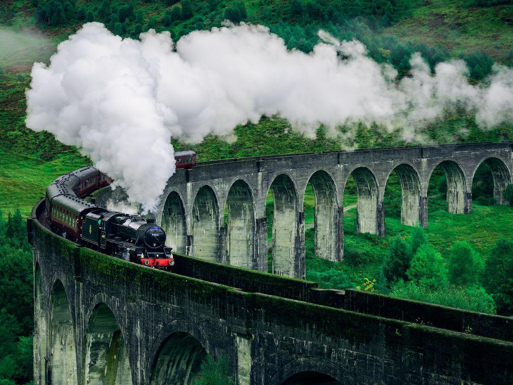 Своя лекция «Трудности перевода романов о Гарри Поттере: имена, неологизмы и неочевидные смыслы»